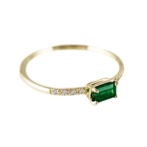 EMERALD OCTAGON WITH PAVE RING
