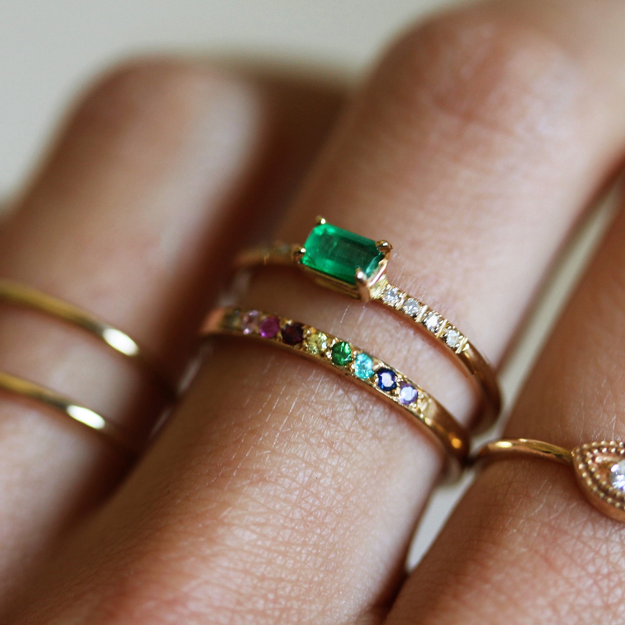 ring stone rings three yellow emeral and emerald emeraldanddiamondside products gold white diamond
