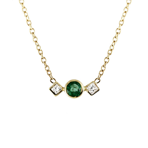 EMERALD WITH SQUARE SIDE DIAMONDS NECKLACE