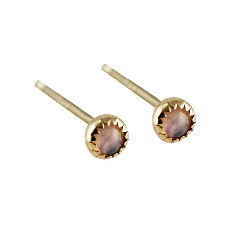 DIAMOND WITH PEARL BACKING STUDS