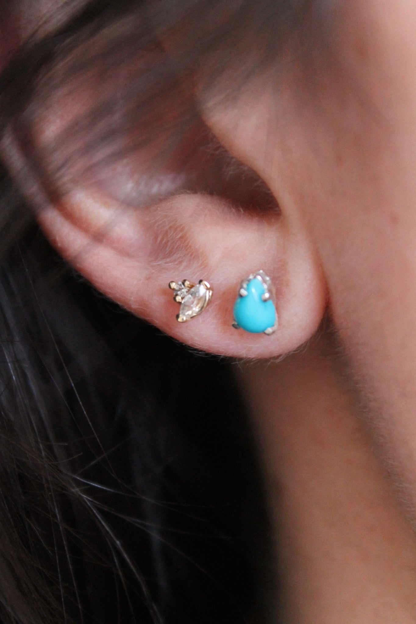 TURQUOISE PEAR EARRING