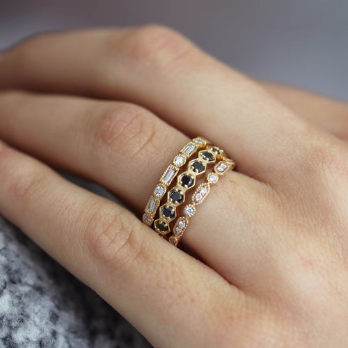 14K 9 HEXAGONS WITH DIAMONDS BAND