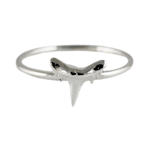SHARK TOOTH SILVER RING