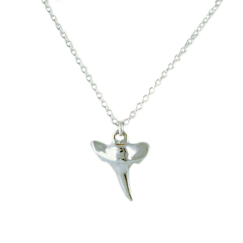 SILVER SHARK TOOTH NECKLACE