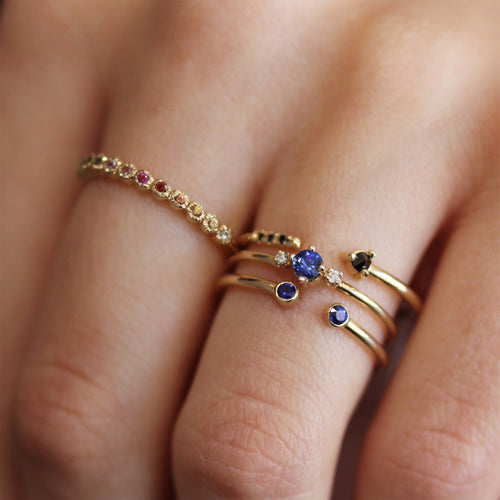 THEA SAPPHIRE WITH WHITE DIAMONDS RING