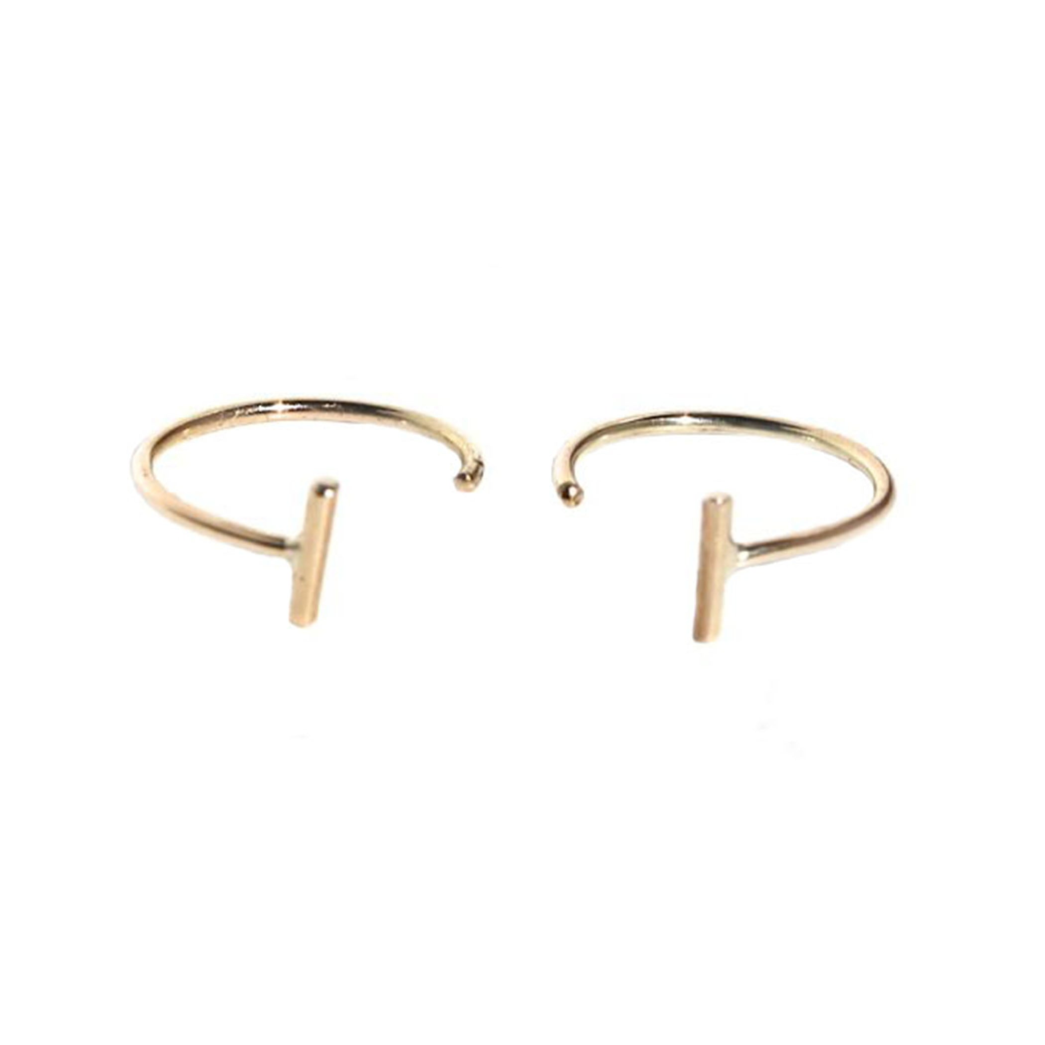 TINY STAPLE HOOPS