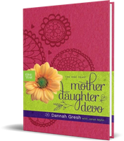 The One Year Mother-Daughter Devo Leather-bound