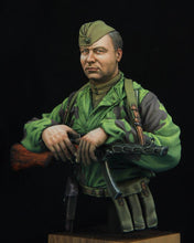 Load image into Gallery viewer, Soviet RKKA Scout 1:10 bust