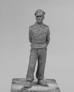 German Tank Crew Officer 1/35