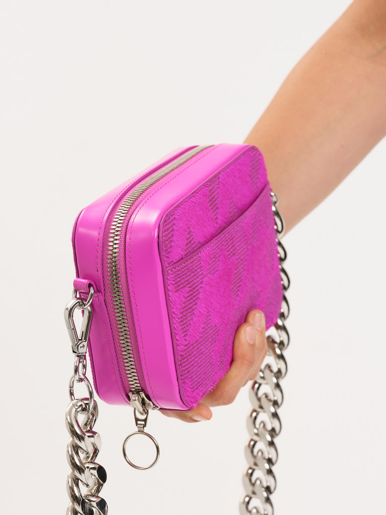 Pink Houndstooth Camera Bag