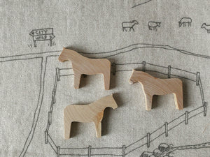 Horse family of 3 - Wooden animal toy set