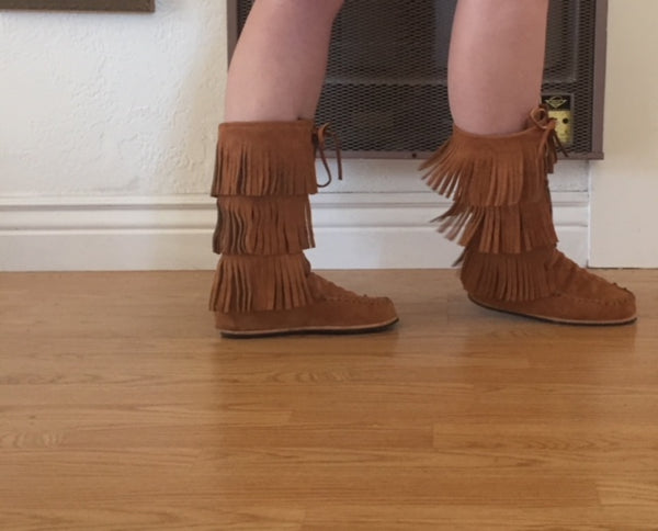 .Feather Moon Moccasins