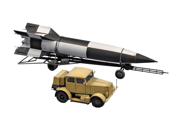 Revell 1:72 03310 SS-100 Gigant + Transporter + V2 Military Model kit