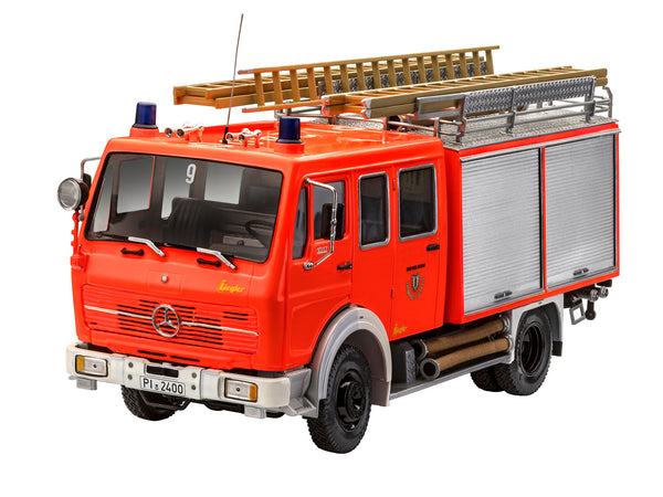 Revell 1:24 07655 Mercedes-Benz 1017 LF 16 Fire Engine Model Kit - Damaged Box