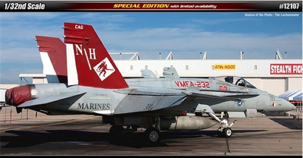Academy 1:32 12107 F/A-18A+ US Marines VMFA-232 Red Devils Model Aircraft Kit