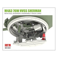 Rye Field 1:35 5042 M4A3 76W HVSS Sherman - F/Interior Workable Track Model Military Kit
