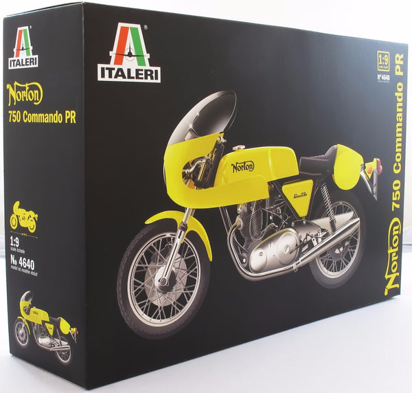 Italeri 1:9 4640 Norton Commando 750cc Model Motorcycle Kit - Damaged Box