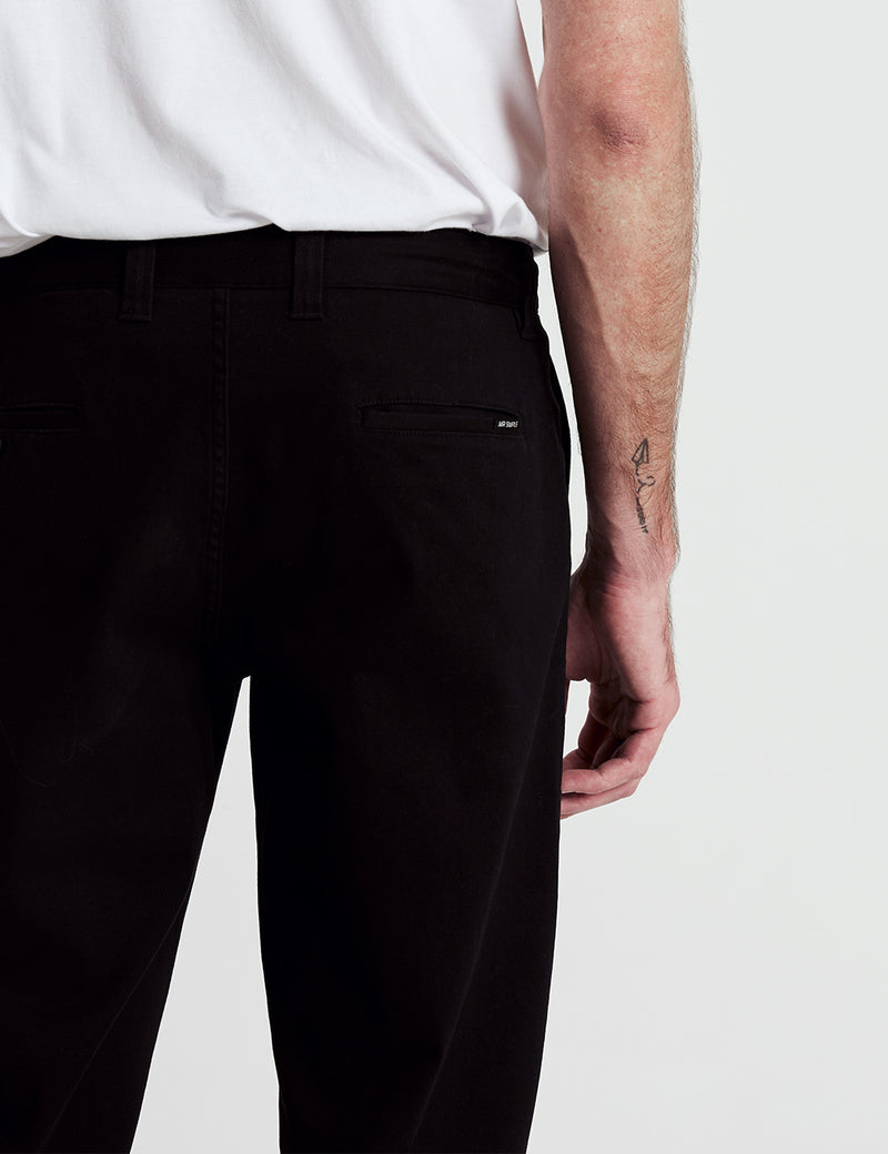 Standard Fit Chino - Black