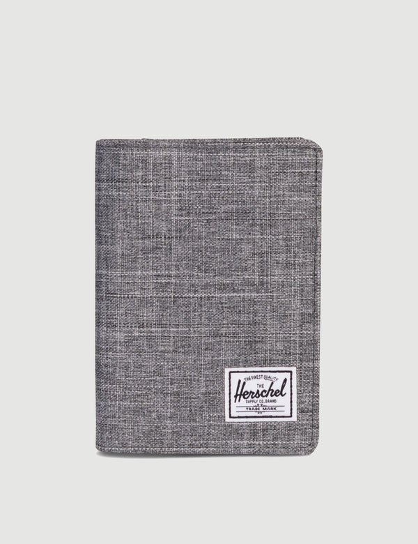 Herschel Raynor Passport Holder RFID - Raven Crosshatch