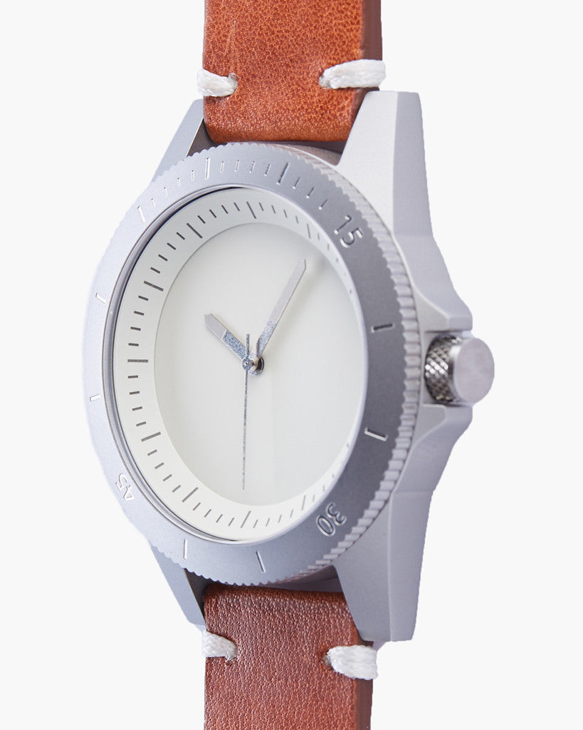 explore watch - silver / off white / luminescent - 42mm explore watch - silver / off white / luminescent - 42mm Mr Simple