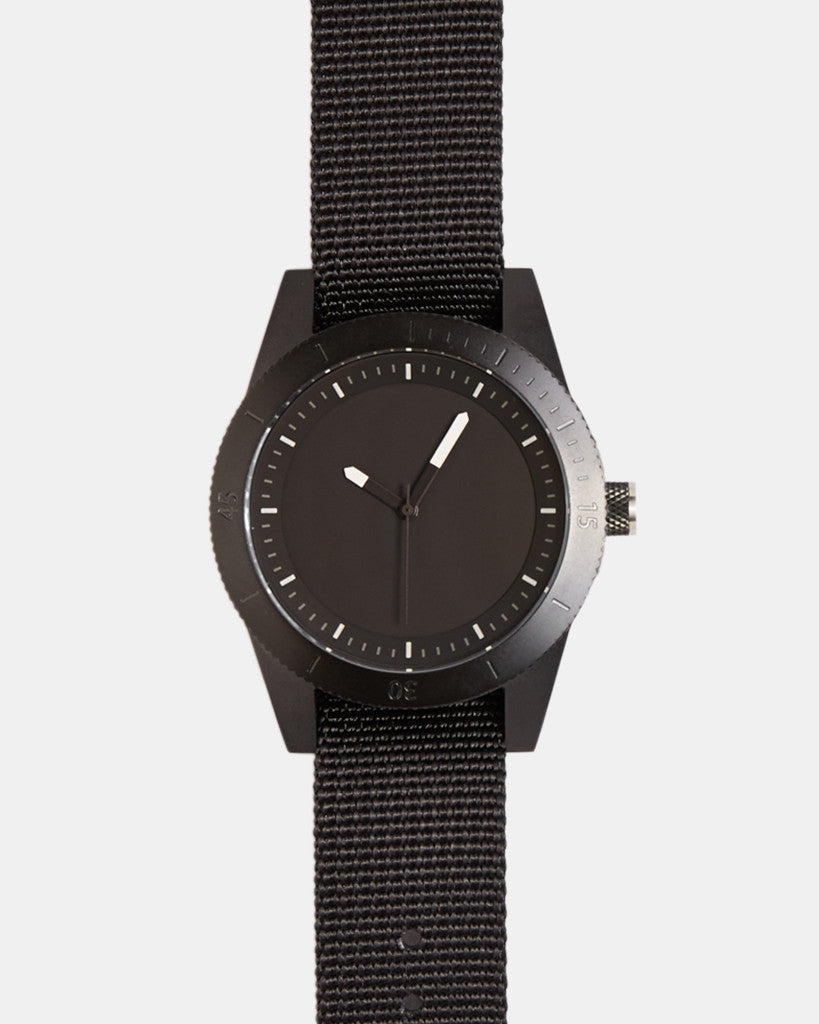 explore watch - black / black / luminescent / nato - 42mm explore watch - black / black / luminescent / nato - 42mm Mr Simple
