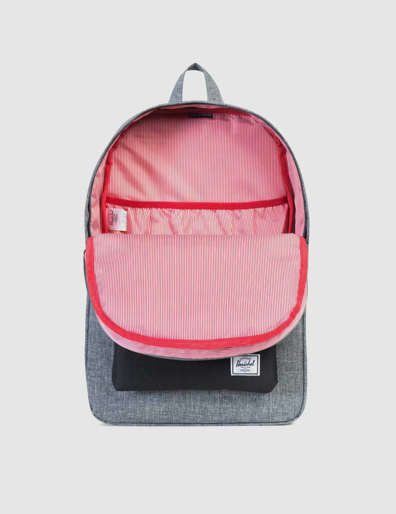 a5c3762b7fb 10007-01132-OS-herschel-heritage-backpack-raven-crosshatch-