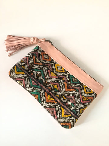 Makeup Bag Mother/'s Day Boho Bridesmaid Gift Kilim Turkey Rug Zipper Pouch Vintage Pouch Inspired Bohemian Style Clutch