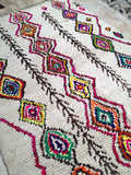 Vintage Moroccan rug - Boucherouite Snow peak **SOLD OUT**