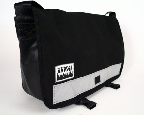 Vaya Bags Medium All Black Messenger Bag
