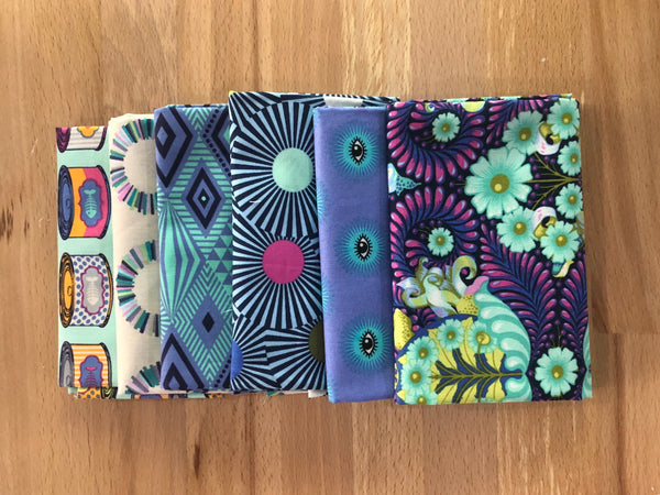 OMG Fat Quarter Fussycutting Bundle - Blue