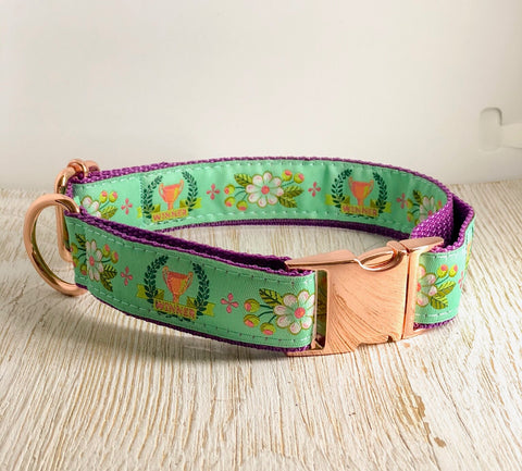 "Tula Pink Dog Collar - ""Winner"" in Mint"