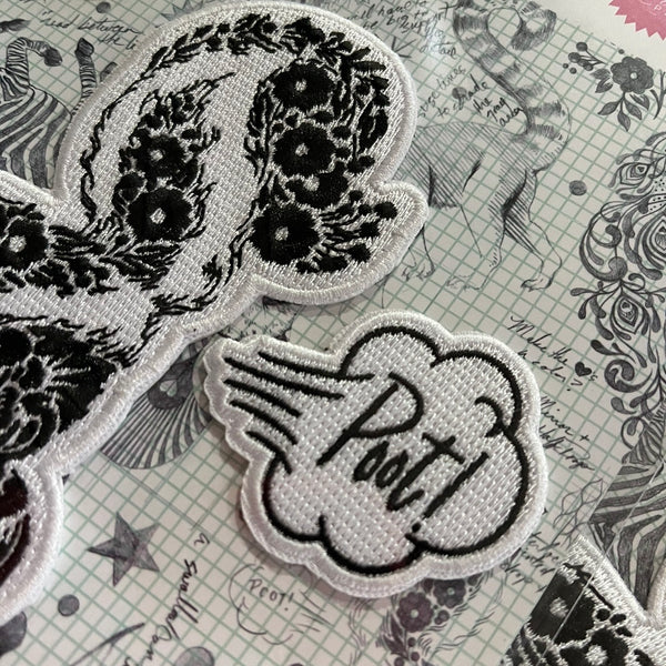 "#VeryRare Tula Pink Linework ""Skunk Patch & Lil Stinker Pin"" Collector Set"