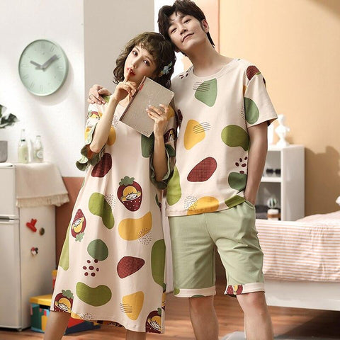 Pyjama Couple Chill