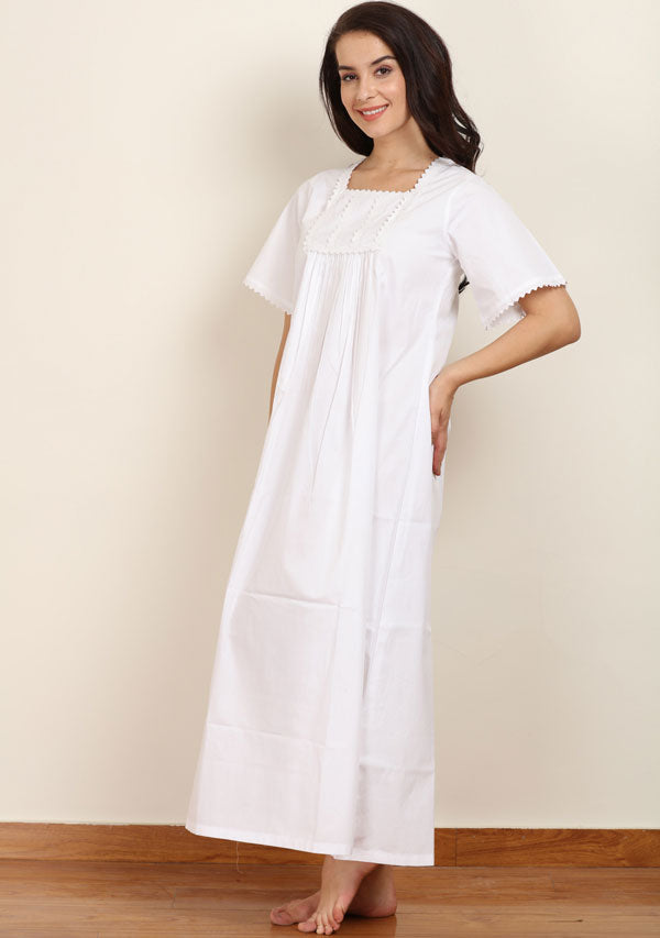 Short Sleeved Square Neck White Cotton Nighty with Lace Trimms