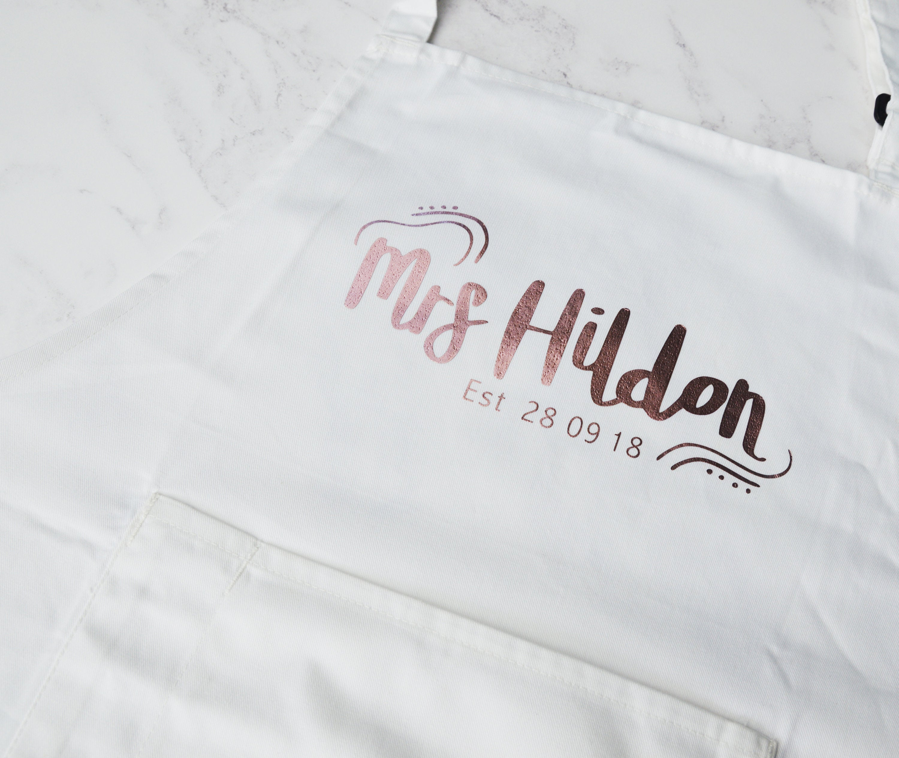 Personalised wedding apron, brides apron, grooms apron, white wedding, custom mr and mrs apron, bridal shower gift, husband and wife gift