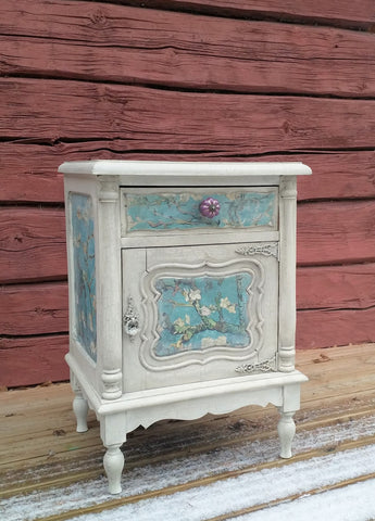 Decoupage ja krakelointi aine Frenchic Paint.