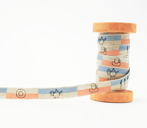 On the Kitchen Table - Shinzi Katoh Linen Tape 12mm