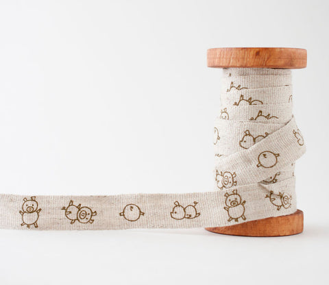 Pigs - Shinzi Katoh Linen Tape 18mm