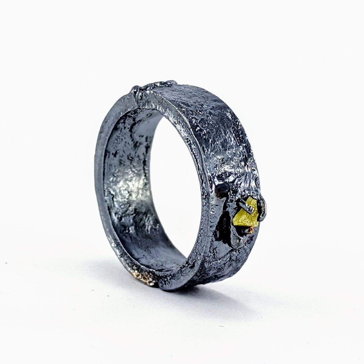Future Artefact diamond slice ring