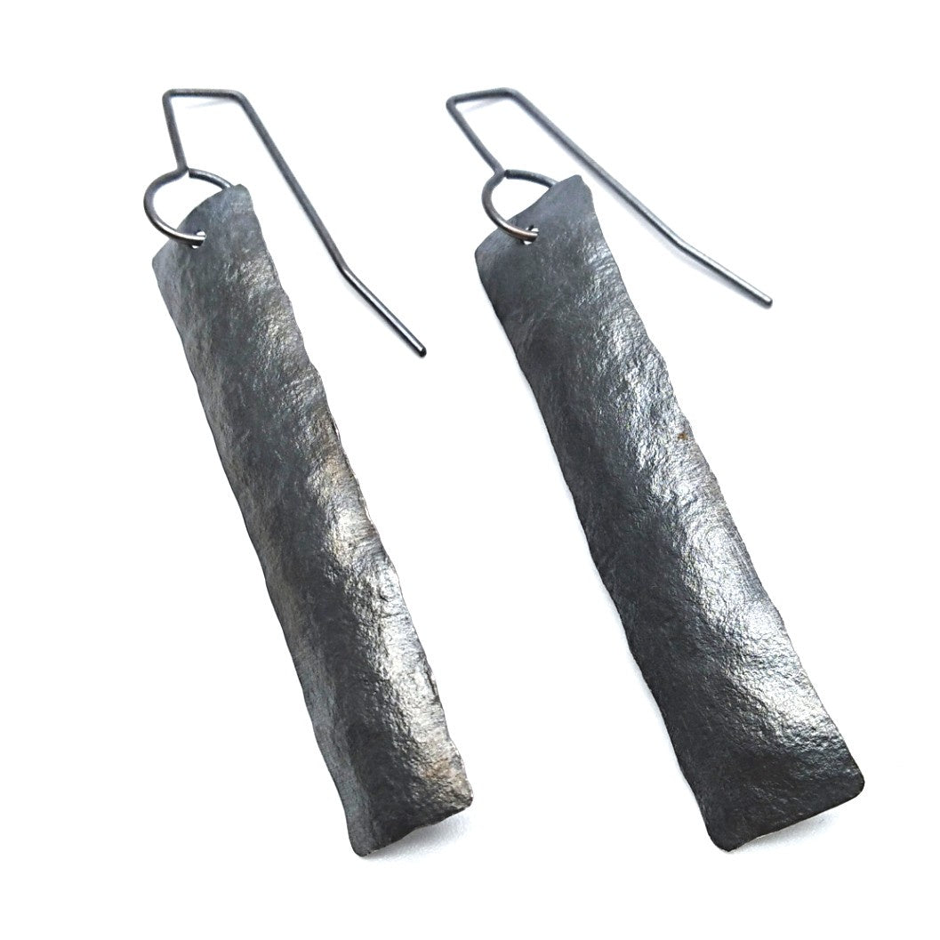 Strip earrings - oxidised long