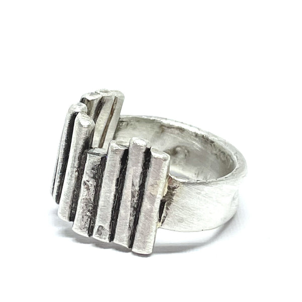 Wave Bars ring