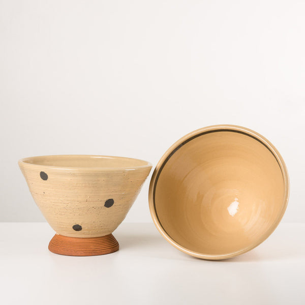 Ochre footed bowl