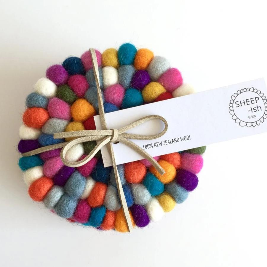 Felt ball coasters Rainbow