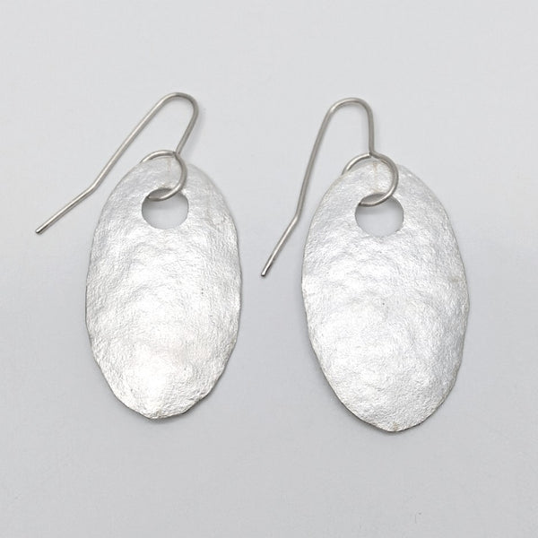 Silver ovals earrings