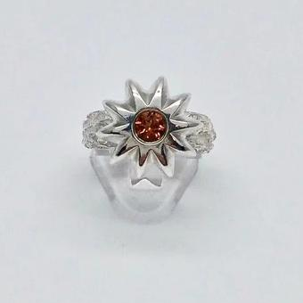 Flower texture ring with citrine