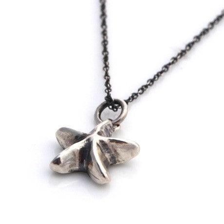 Silver mini starfish necklace