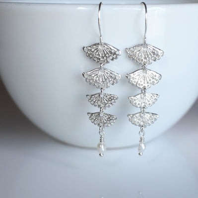 Kamahi flower earrings