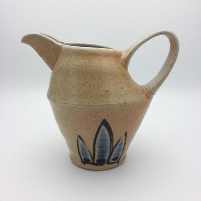 Medium beaked jug