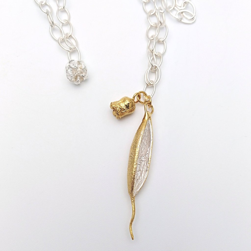 Rewarewa, Gold Plate Rata, Manuka Necklace
