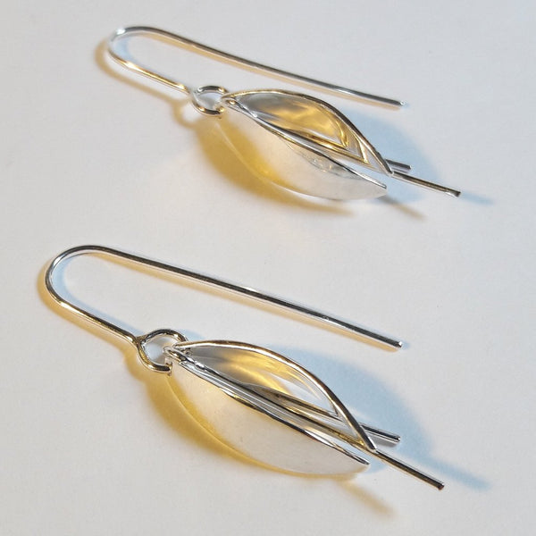 Kowhai flower earrings - 2 petals